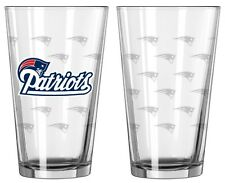New England Patriots Satin Etch Pint Glass Set of 2 [NEW] NFL Drink Bar Cup Mug