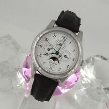 Polierte mechanische Armbanduhren (Handaufzug) mit arabischen Ziffern