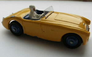 Dinky Meccano Die Cast Model Vehicle 109 Austin Healey Car (Shop Ref D015)
