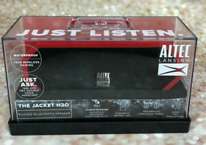 *NEW* Altec Lansing The Jacket H2O 3 Rugged Bluetooth Speaker Red IMW448N-DR-WM