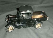 SUN STAR 1925 FORD MODEL T DIE CAST 1:24 SCALE
