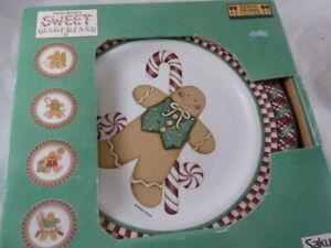 Debbie Mumm Sweet Gingerland Set of 4 Salad / Dessert Plates  Plus 1 extra Plate