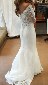 Kenneth Winston - Ivory Long Sheer Sleeve Lace Bridal Wedding Gown