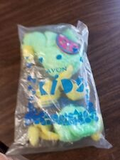 Avon Kids Full O Beans Feathers The Bird + Key chain March 2000