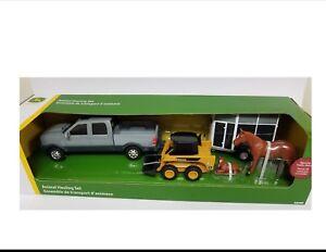 NEW John Deere Animal Hauling Set w/Pickup, Horse Trailer, Skidsteer, TBEK37656