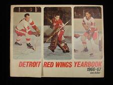 Gordie Howe Autographed 1966-67 Detroit Red Wings Yearbook – Jsa Coa