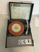 Vintage Califone 1420 Record Player Phonograph 4-Speed EXCELLENT with Needle