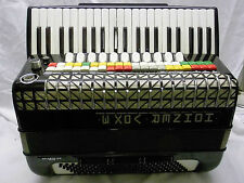 Bonito spielbereites acordeon hohner Atlantic IV n/Vox 3 -4 - chörig