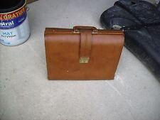 mallette sac document cuir marron medecin vintage a soufflets 1960/1980