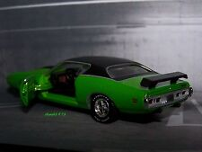 1971 71 DODGE CHARGER SUPER BEE 1/64 SCALE DIECAST COLLECTIBLE MODEL - DIORAMA