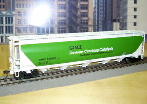 Walthers HO Scale PD Covered Hopper GRACE DAVIDSON NAHX 550421