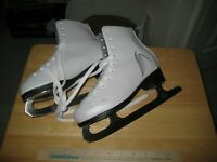 Lake Placid White Figure Skates Youth Size 4