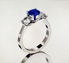 14 KT WHITE GOLD 6.5MM SAPPHIRE THREE STONE RING SIZE 10