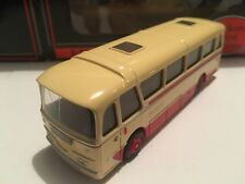 1/76 EFE 12103 – Harrington Cavalier Coach