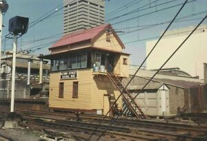 HO scale building kit Darling Harbour signal house