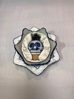 New WINE BOTTLE TRAY REST & STOPPER SET by BOMBAY Asian Blue White Porcelain