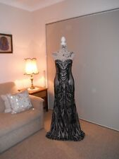Designer Bariano Black/Nude Sequin Pattern Ladies Formal/Evening/Gown Size 10