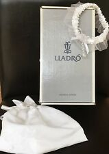Lladro A Kiss to Remember Wedding Bridal Figurine Cake Topper 6620 & Accessories