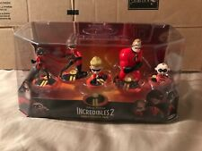 The Incredibles 2 Family Figure Play Set Mr/Mrs Incredible Violet Dash Jack Jack