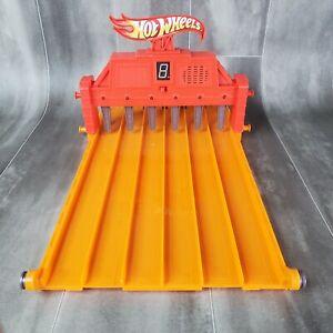 "Hot Wheels Super 6 Lane Raceway FINISH LINE + 16"" Track Peice *TESTED*"