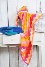 Abstract Traditional Bath Towels