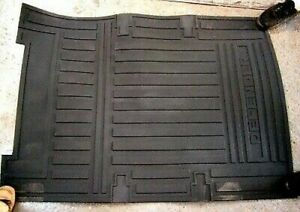 Land Rover Defender 90 or 110 OEM Genuine Rubber Load Space Mat Brand New