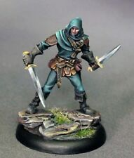 DARK SWORD MINIATURES - DSM7320 Male Duel Wield Rogue