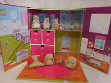 Calico Critters Carry and Play House Lot Dolls &  Accessories Furniture Critters