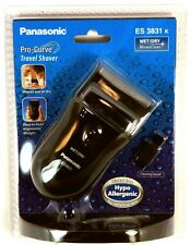 PANASONIC Compact Travel Shaver Wet / Dry ES3831K Battery Operated