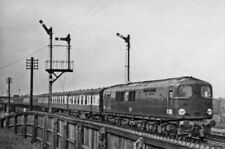 PHOTO  PIONEER SR DIESEL 1 CO CO 1 DIESEL NO. 10203 ON UP EXPRESS NEAR WOLVERTON