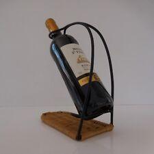 Porte-bouteille fer forgé rotin tressé design XXe 1970 France