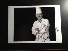 ANTON MOSIMANN - GREAT TV CHEF - EXCELLENT SIGNED B/W PHOTOGRAPH