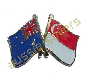 AUSTRALIA / SINGAPORE  FLAG HAT PIN / BADGE - ENAMEL FRIENDSHIP BADGE