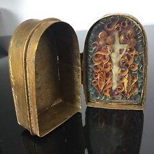 Reliquaire de Voyage Ancien XVIIIè Christ en Cire et Paperolles 18thC Reliquary
