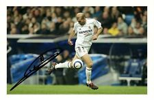 ZINEDINE  ZIDANE - REAL MADRID AUTOGRAPHED SIGNED A4 PP POSTER PHOTO