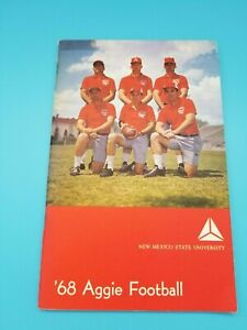 NEW MEXICO STATE AGGIES - COLLEGE FOOTBALL MEDIA GUIDE - 1968 - NEAR MINT SHAPE