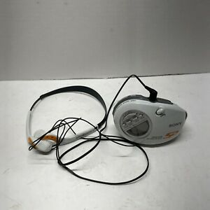 Sony SRF-M85V TV/WB/FM/AM Radio Walkman w/ Mega Bass w/ Belt Clip