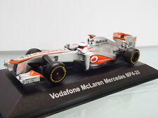 Corgi cc56701 - 1:43 - VODAFONE McLAREN MERCEDES mp4-28 2013 RACE CAR NUEVO