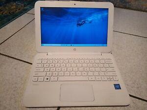 "HP Stream 11-Y0XX 11.6"" (32GB,Celeron N3060,1.6GHz,2GB) Laptop - White"