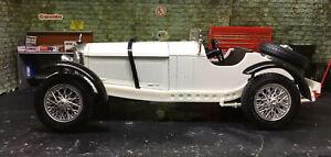 Mercedes Benz SSKL ( 1931) 1:18 Diecast Model Car Bburago Boxed.
