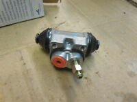 BENDIX 34086 Drum Brake Wheel Cylinder 2 Door Rear L//R fits Colt Mirage 1991-02