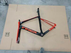 viner mitus disc road bike 56cm black and red px52