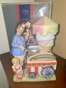 """Melody in Motion Willie Ice Cream Vendor """"Good Old Summertime"""" Musical Figurine"""