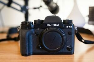 Fujifilm X-T2- Black, 24.3MP, Great Condition, Used Lightly/Taken Care Of