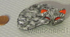 LEA STEIN PARIS GOMINA CAT PIN curled sleeping kitty SHIMMERY SILVER GRAY TWEED