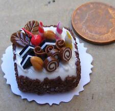 1:12 scala torta con glassa cioccolato DOLLS HOUSE miniatura Accessorio Negozio nc72