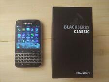 GSM UNLOCKED Blackberry Classic Q20 plus many accessories (see description)