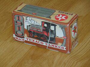 ERTL 1910 Mack Texaco Tanker Collector Series #12 1995 Box 1235