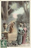 BONNE ANNEE~HAPPY NEW YEAR-YOUNG WOMEN & VERY OLD WOMAN~1910 FRENCH POSTCARD