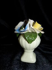 CROWN ROYAL Bone China 3 GORGEOUS Capadimonte FLOWERS in VASE Made In ENGLAND